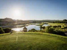 Montecastillo, designed by Jack Nicklaus, is located near Jerez de la Frontera. It is a beautiful course with artistically placed lakes and spectacular elevated trees: http://www.costadelaluzdirect.net/costa-de-la-luz-golf_en