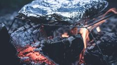 Camping season is in full swing and we love this foil packet dinner made easy right over your campfire! 🔥Pro-Tip: Be sure to wrap each packet twice with foil to avoid a smoky flavor. Your taste buds will thank you! Camping Food Make Ahead, Camping Meals, Freezer Meals, Camping Tips, Camping Cooking, Tent Camping, Beginner Camping, Camping Outdoors, Camping Essentials