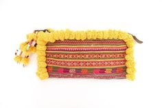 Clutch With Pom Pom Vintage Embroidered Hill Tribe por ThaiHandbags