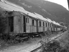 Station wagons abandoned in the international Canfranc
