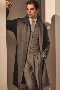 Boy Poses, Poses For Men, Mens Overcoat, Designer Suits For Men, Madrid, Vogue Spain, Ralph Lauren Style, Stylish Men, Mens Suits