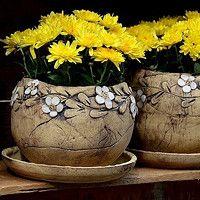 Prodané zboží | Fler.cz Pottery Vase, Ceramic Pottery, Ceramic Art, Pottery Animals, Hand Built Pottery, Gourd Art, Succulent Pots, Pottery Studio, Clay Pots