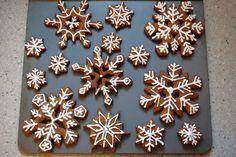 snowflake cookies | Gingerbread Snowflake Cookies | Holiday