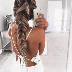 Ok now..this look is everything. #hairinspo