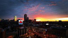 Sunrise over Boston's Back Bay and Kenmore Square The Gateway to Boston University's Charles River Campus.  GOOD MORNING AMERICA.  photo courtesy of Daryl DeLuca  @bostonu @bostonattitude @ApplyToBU @crbrotc @boston_udos @backtoBeantown @BostonFire @BostonPolice @terrierhockey @buartsinitiative by daryl.deluca