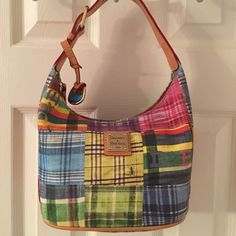 🛍 Dooney & Bourke Plaid Ant Tote Bag Gold hardware. Zip closure.  2 interior pockets (1 zips).  Adjustable strap.  Hang tag.  Good condition. Measures: 8x5x6x7. Dooney & Bourke Bags Totes