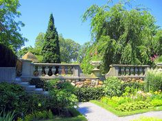 Old Westbury Gardens- our friends lived on the estate because they were the caretakers. Love Garden, Garden Ideas, Old Westbury Gardens, Long Island Ny, Garden Architecture, Formal Gardens, Gold Coast, Beautiful Gardens, Courtyards