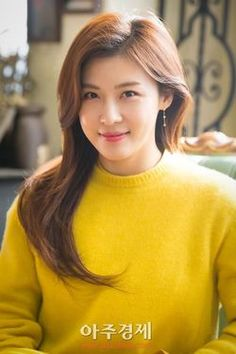 Ha Ji Won (Korean 전해림) is a South Korean actress. Ha Ji Won, Jin Won, Korean Beauty, Asian Beauty, Singer Fashion, Korean Actresses, Beauty Full Girl, Blonde Beauty, Korean Celebrities