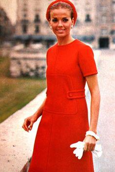 Red creped gabardine dress Christian Dior, 1969