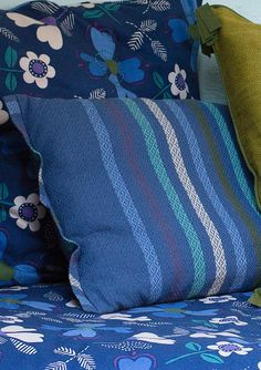 Cushion in cotton/kapok – Copenhagen – GUDRUN SJÖDÉN – Webshop, mail order and boutiques | Colourful clothes and home textiles in natural materials.