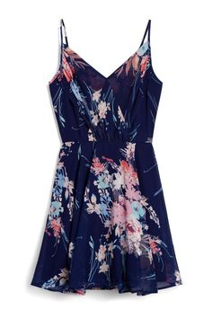 STITCH FIX FASHION 2018! Ask your stylist for on trend items like this. Delivered to your door! #sponsored #spring  #stitchfix - Easter Dress   Spring dress   Summer Fashion. Baby showers, wedding guest dress.