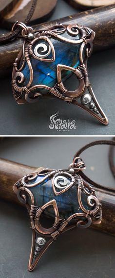 Fantasy copper and silver pendant with blue labradorite