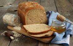 Σπιτικό ψωμί με μέλι και βρώμη
