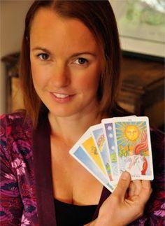 How to Read the Tarot Court Cards Like an Expert - Biddy Taro