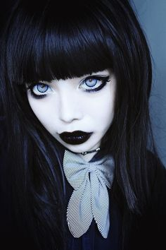 wylona-hayashi:  Slightly glassier eyes