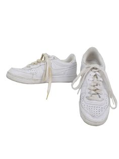63174143482 -Nike- Womens white on white swoosh flat bottom old school style tennis  shoes with faded off white back -Nike-. Shoes show light wear but still  have a long ...