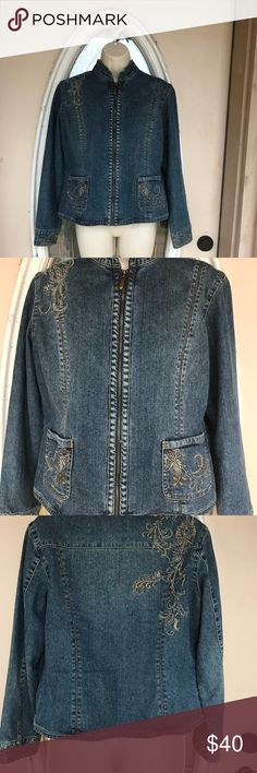 Chico's Women's Embroidered  Jacket. Chico's Women's Embroidered  Jacket, Medium Blue Wash, Size: 1 (6/8 M). 100% Cotton Chico's Jackets & Coats Jean Jackets