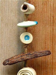 Garten Windspiel Blue aus Keramik mit Treibholz von gedemuck, €13.00