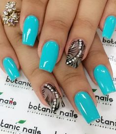 Neon blue and black winter nail art. There's nothing like contrasting colors combined to make the nail art stand out more. You can also add beads on top to make it look even more beautifu Easy Nails, Easy Nail Art, Cool Nail Art, Simple Nails, Easy Art, Nail Art Designs 2016, Simple Nail Art Designs, Trendy Nail Art, Stylish Nails