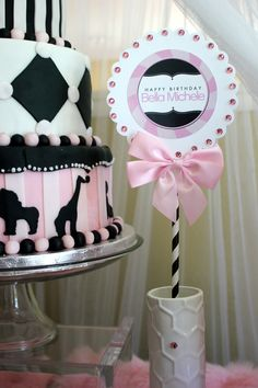 "| ""Girly Circus!"" Sweets Bar for a Circus Party 