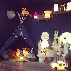 illuminations🌟 Petit M Concept Store pour enfants 〰 liste de naissance 〰 Bastia, Corsica, France. #deco #decoration #ideecadeau #lampe #tropheepeluche #veilleuse #tipi #noel