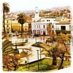 Plaza Echaurren, Valparaíso Chile. Chile, Plaza, Mansions, History, House Styles, Antique Photos, Cities, Scenery, Historia