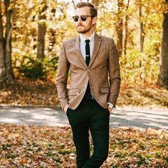 Är man en party pooper om man nästan ser fram lite emot det här?  #mensclothes #menswear #mensstyle #mensfashion #maleclothes #malewear #malestyle #styleblog #styleblogger #fashionblog #fashionblogger #instastyle #instafashion #stylegram #fashiongram #ootd #outfitoftoday #wiwt #whatiweartoday #lookoftheday #lotd #dapper #fallfashion