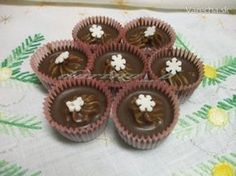 Ľadovo-gaštanové košíčky - Recept Czech Recipes, Russian Recipes, Baking Cupcakes, Cupcake Cakes, Christmas Baking, Christmas Cookies, Eid Sweets, Mini Cakes, Food Hacks