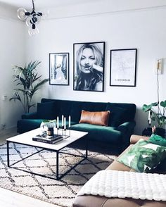 Feelin' like I can stay here all day long. : @rebfre #roominspiration #plants #peaceful #goodday