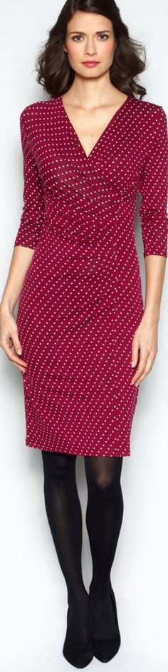 Wrinkle Free Jersey Travel Outfits for Women Over 40 (article) http://www.boomerinas.com/2014/05/31/wrinkle-free-jersey-clothing-for-travel-women-over-40/