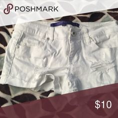 White shorts White shorts with little slits on both sides under pocket on right side and on left side by leg opening. Size 1 Sapphire ink Shorts Jean Shorts