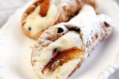 Cannoli siciliani al forno: la ricetta facile | I dolcetti di Paola