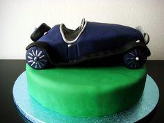 Riley vintage car cake