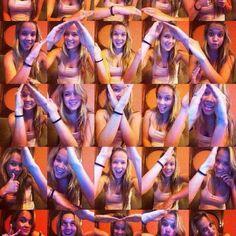 Girls VW Formation