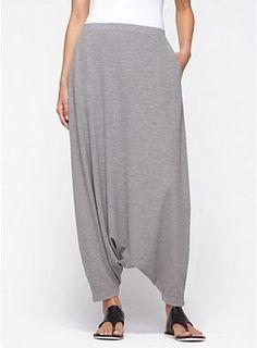 Harem Pant in Organic Cotton Hemp Twist - Daily Fashion Outfits Look Fashion, Fashion Pants, Hijab Fashion, Diy Fashion, Womens Fashion, Fashion Design, Origami Fashion, Fashion Details, Sarouel Pants