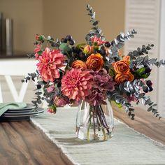 Fall Flower Arrangements, Floral Centerpieces, Halloween Flowers, Forever Flowers, Arte Floral, Table Flowers, Ranunculus, Autumn Inspiration, Silk Flowers