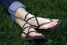 14 things to do with a pair of flip-flops!