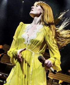 Gucci Florence, Florence Welch, Florence The Machines, Her Style, Celebs, Pure Products, Musicians, Death, How To Wear