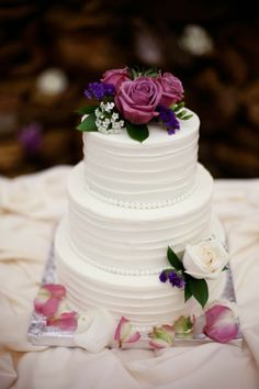 Bold Plum meets Simplistic Elegance #Wedding #Cake ~ Kate Wenzel Photography | bellethemagazine.com