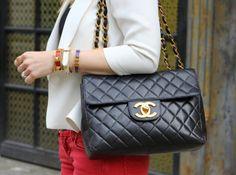 what-do-i-wear:    Chanel Bag. Bracelets: J Crew, Hermes, Poshlocket.(image:brooklynblonde)