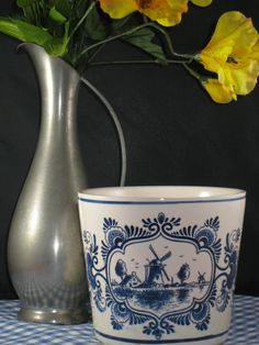 Delfts Blue Planter Pot/Deflts Blauw Pot Planter by iLikeEclectic