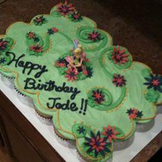 Tinker Bell pull apart cupcake cake