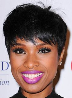 Jennifer Hudson pixie hairstyle for black women #hairstylesforblackwomen
