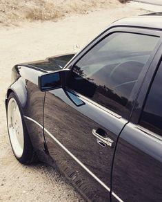 Mercedes E 500, Mercedes W124, Classic Mercedes, Classic Motors, Classic Cars, Merc Benz, Benz E Class, Sports Sedan, Dodge Challenger