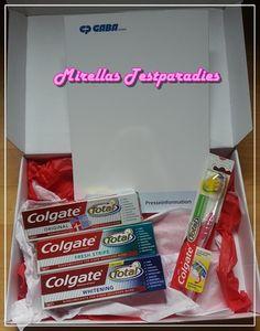 Die Colgate Total Range – Zahnbürste und Original, Fresh Stripe und Advanced Whitening Zahnpasta.