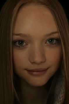 Gemma Ward- looks so innocent in this pic