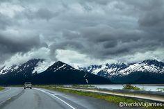Seward Highway - Alaska - USA Seward Highway - Estrada entre Anchorage e Seward - Alasca - EUA http://www.nerdsviajantes.com/2012/10/24/seward-highway-entre-montanhas-glaciares-alasca/