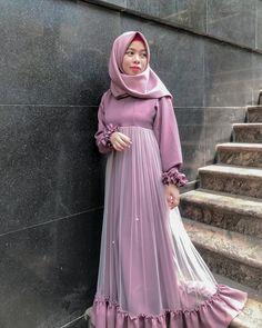 Pinned By Pinogram Dress Brokat Muslim, Dress Pesta, Muslim Dress, Hijab Gown, Hijab Dress Party, Hijab Fashion, Fashion Dresses, Girl Fashion, Moslem Fashion