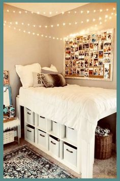 Dorm bedroom 56 Fantastic College Dorm Room Decor Ideas And Remodel College Bedroom Decor, Cool Dorm Rooms, Room Ideas Bedroom, Small Room Bedroom, Teen Bedroom, Diy Dorm Room, Doorm Room Ideas, Bed Ideas, Dorm Rooms Girls