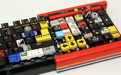 fully functional computer keyboard is made out of LEGO